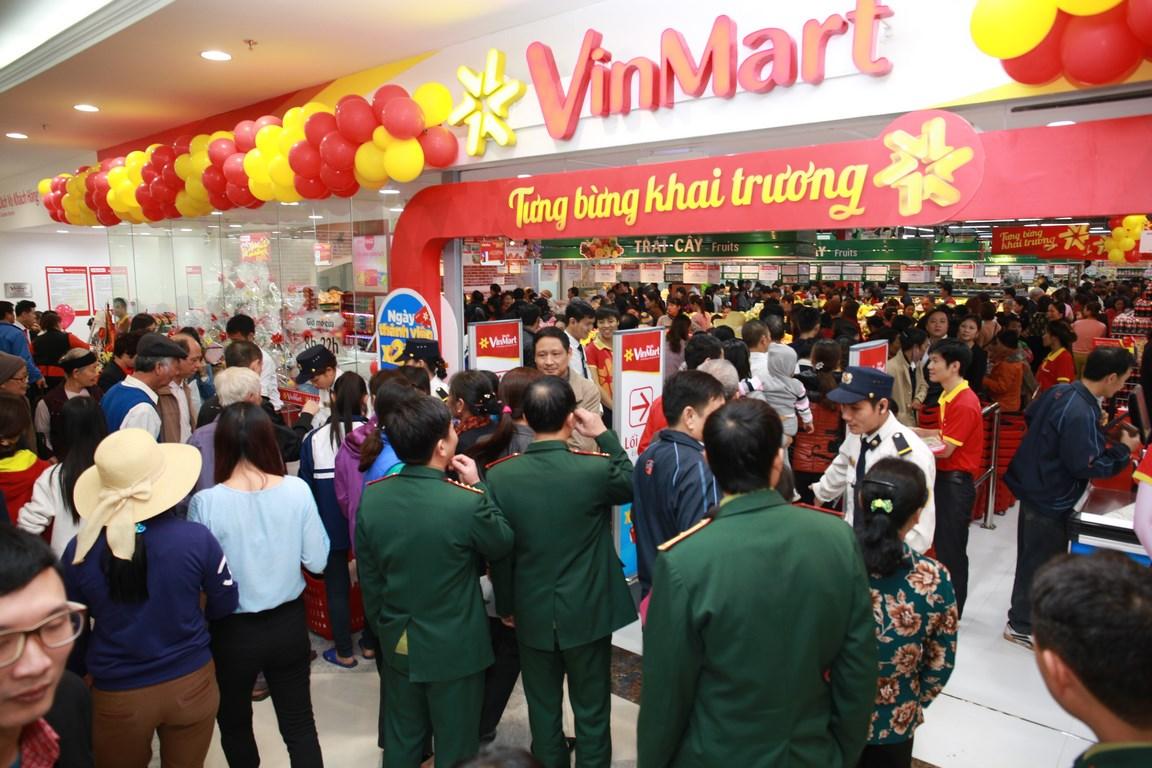 Khai trương siêu thị VinMart