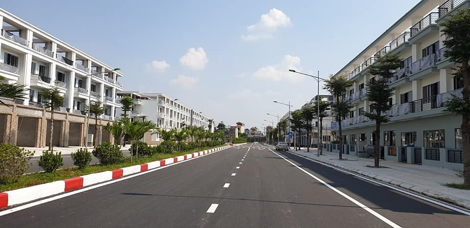 Đường trục chính 35 m khu đô thị HUD Sơn Tây