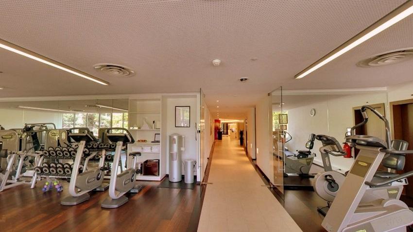 Phòng tập hiện đại với nhiều máy móc trong Chung cư Hope Residence Phúc Đồng